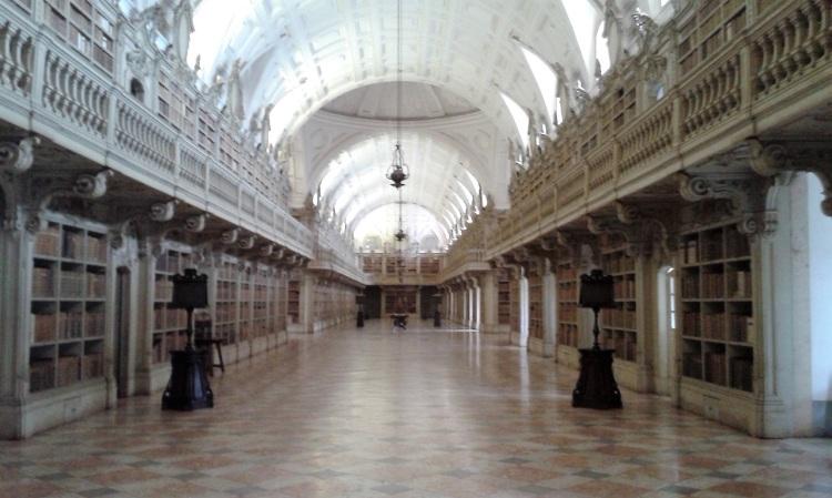 mafra-9-library