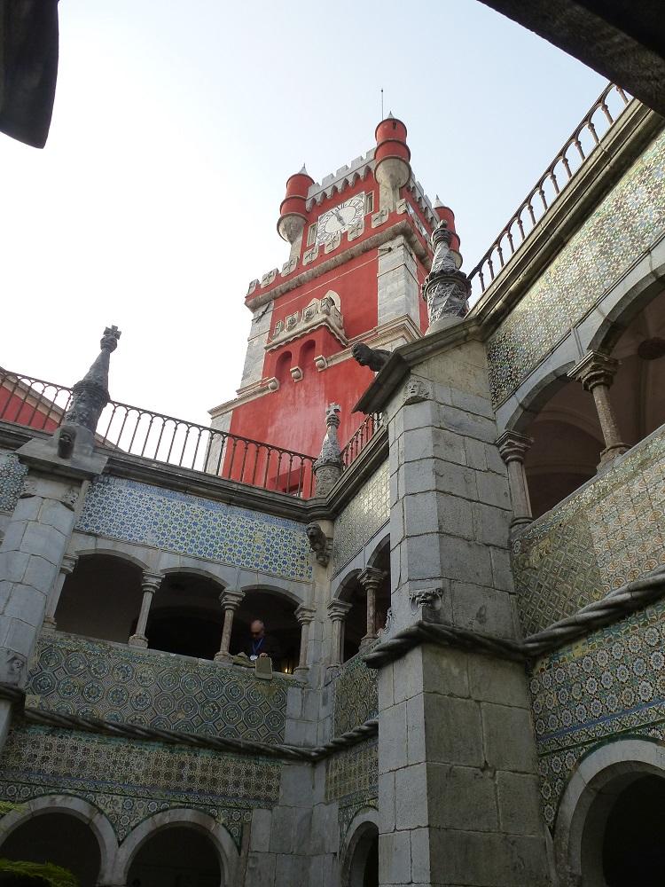sintra-hilltop-palace-4
