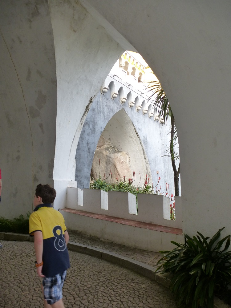 sintra-hilltop-palace-bastion